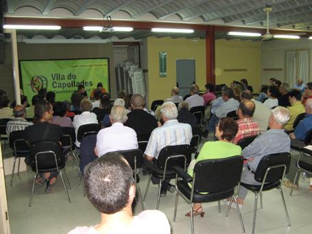 Crònica de l'Assemblea Popular sobre la Biblioteca municipal